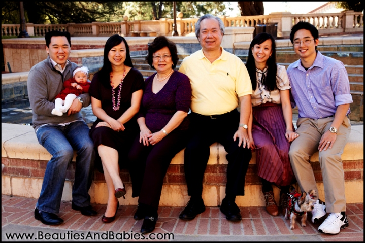 professional outdoor family photographs Los Angeles photographer