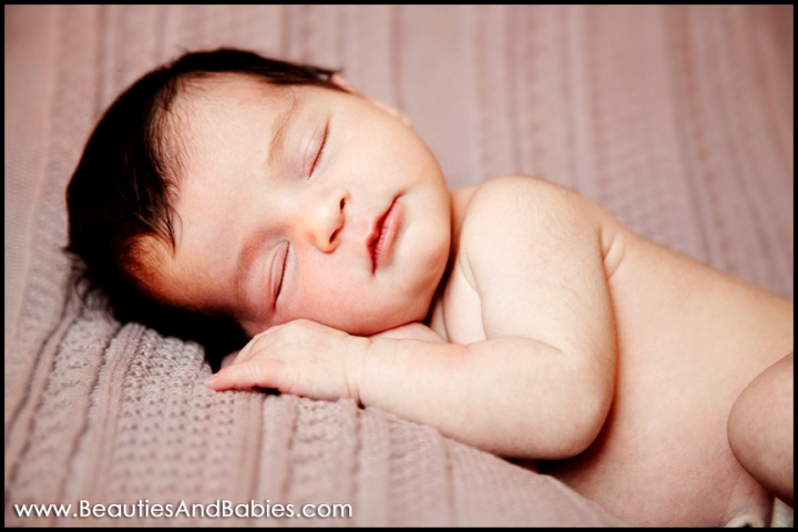 professional newborn baby pictures Los Angeles photographer