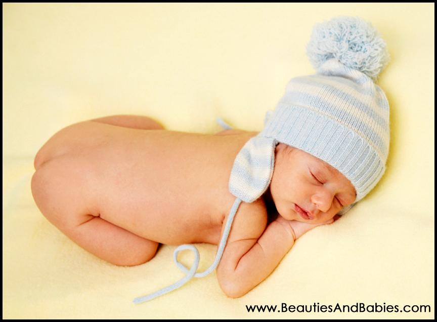 sleeping newborn baby professional photography studio Los Angeles