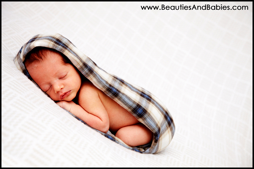 best professional newborn baby pictures Los Angeles photography
