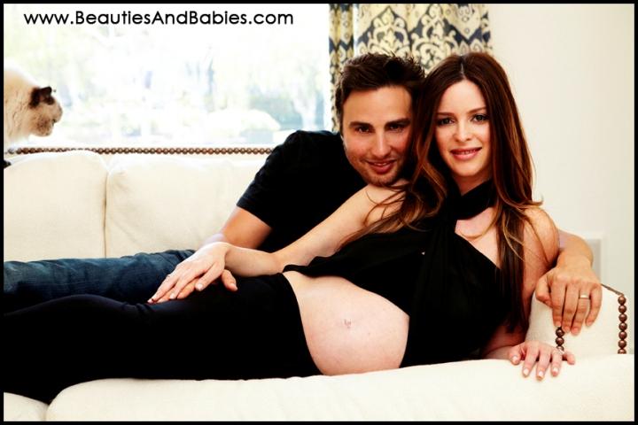 Los Angeles pregnant couple portrait photography professional