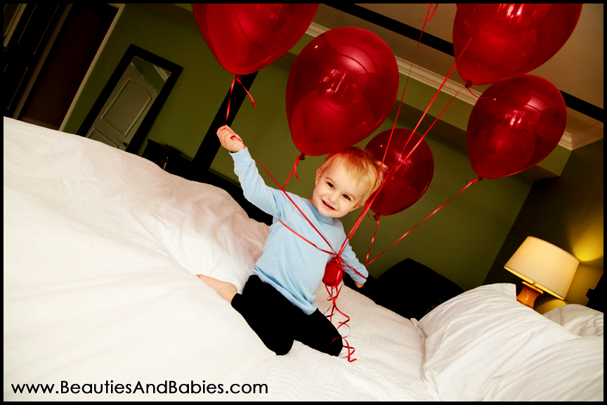 child playing with balloons professional photographs Los Angeles
