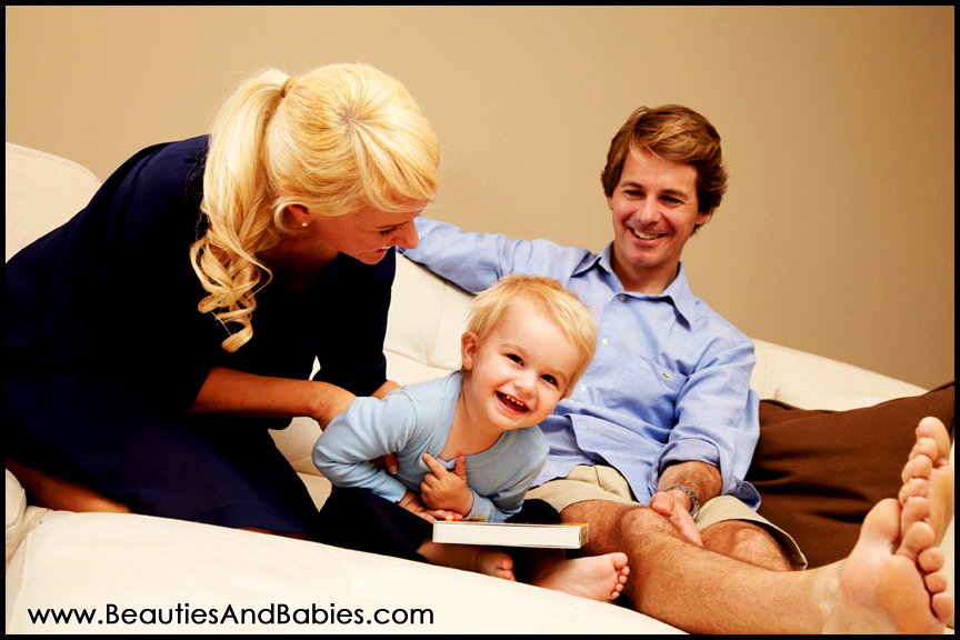 top family photography studio Los Angeles at home photo shoots