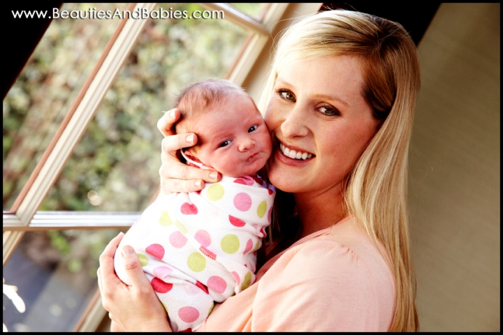 professional newborn mother daughter photography Los Angeles