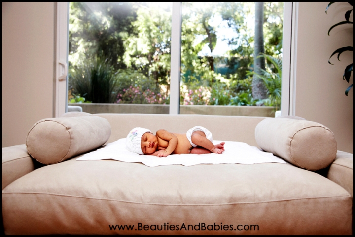 best newborn baby photographer Los Angeles