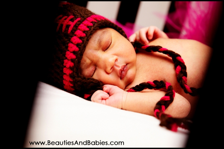 adorable sleeping newborn baby photography Los Angeles professional photographer