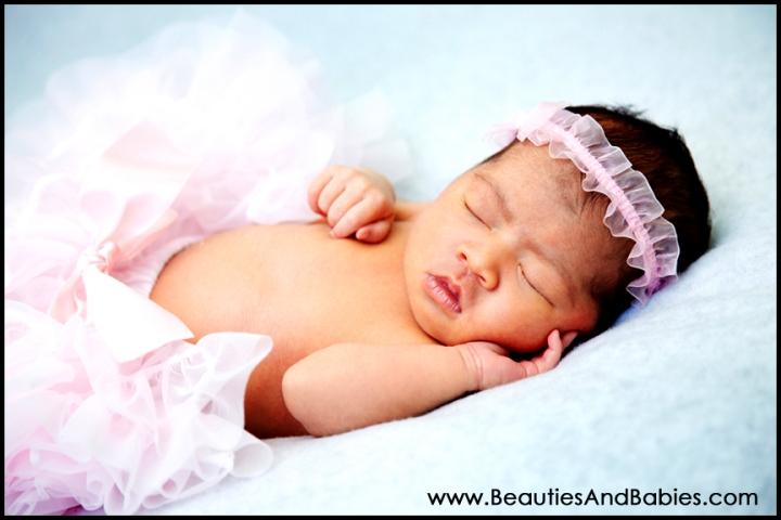 Los Angeles newborn baby girl photography studio
