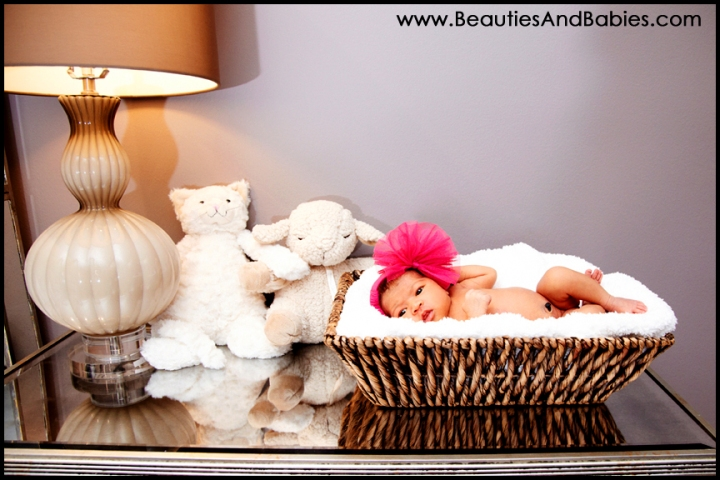top newborn baby girl photographer Los Angeles