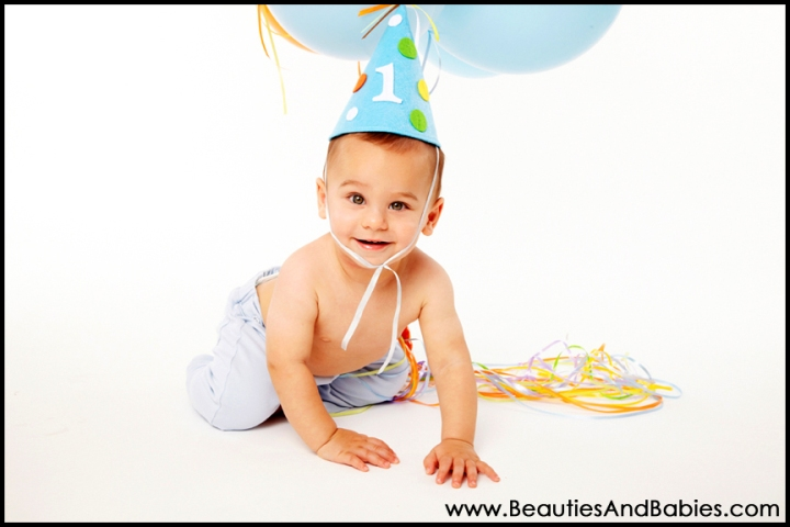 birthday boy professional 1st birthday photography