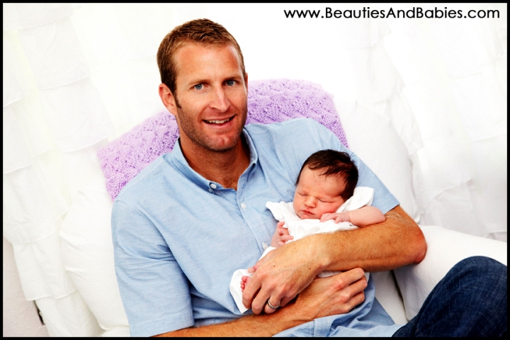 father daughter newborn baby photography Los Angeles