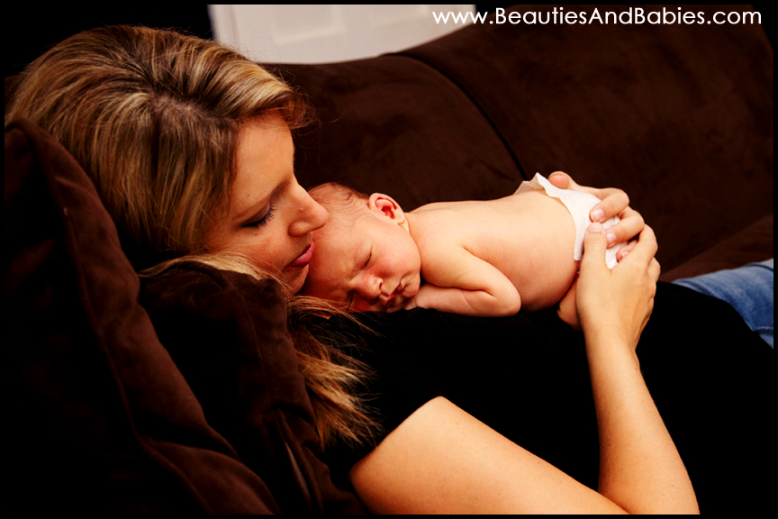 newborn baby and mother professional pictures Los Angeles photography
