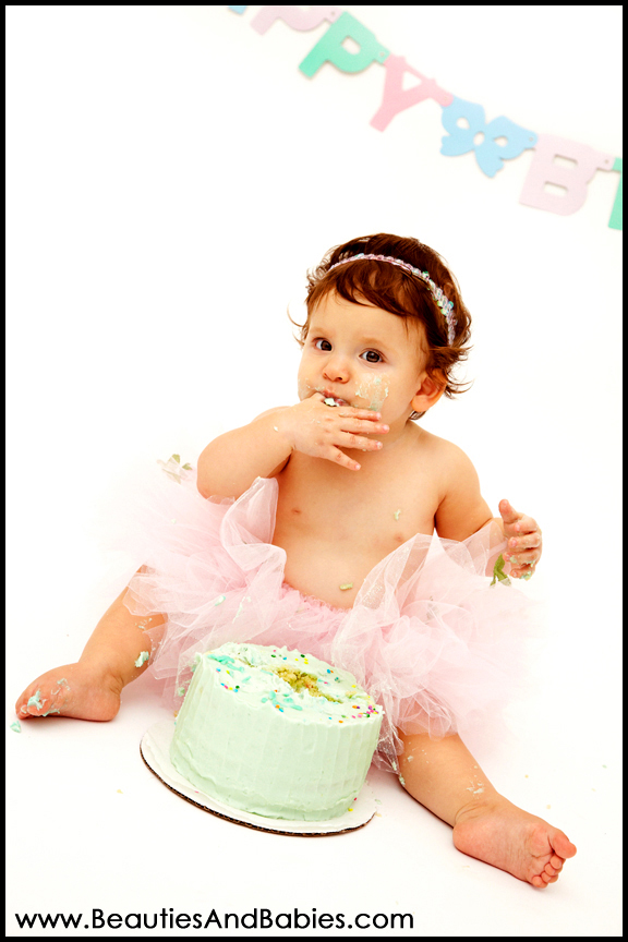 top baby photographer Los Angeles cake smash photography