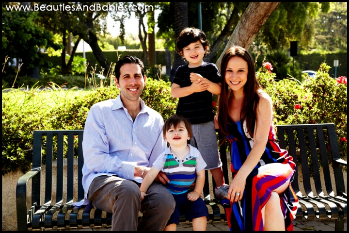 family portrait photography outdoors at a park Los Angeles