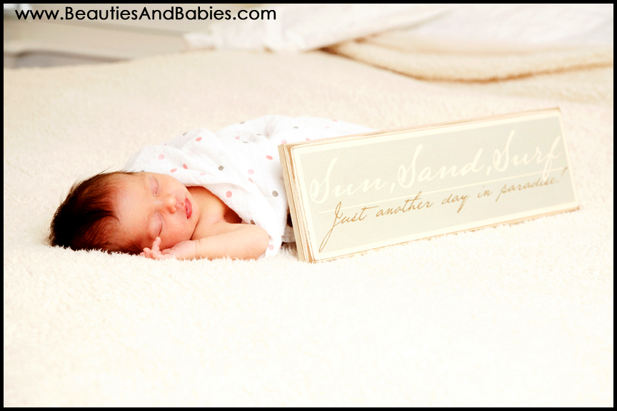 newborn baby pictures by leading Los Angeles newborn photographer