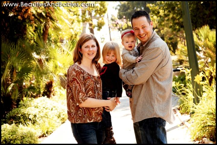 Los Angeles outdoor family portrait photographer