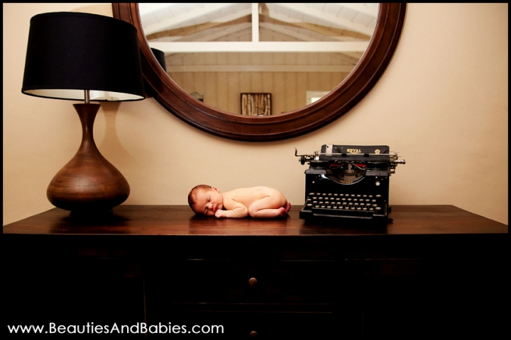 Los Angeles newborn baby photography at home