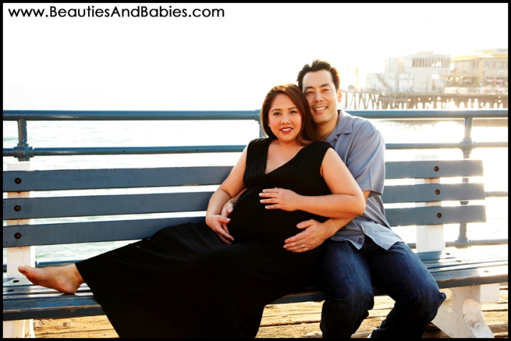 maternity photography at the beach Santa Monica Pier