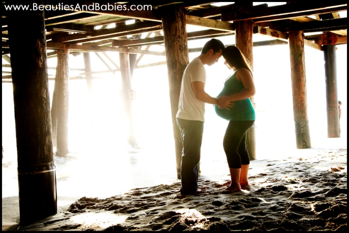 baby bump silhouette professional pregnancy photography Los Angeles