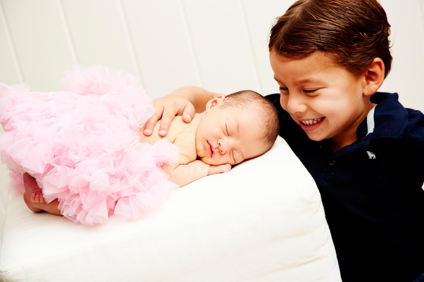 newborn baby family photographer_0521