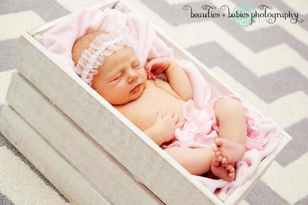 newborn girl_0146