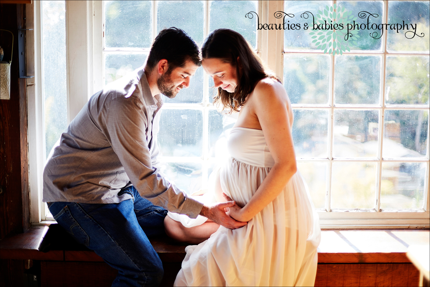 At-home pregnancy photography Los Angeles Photographer, Los Angeles maternity photographer