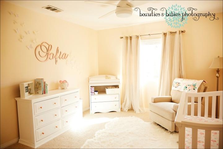 newborn baby photographer Los Angeles, family and baby photography Los Angeles professional photographer