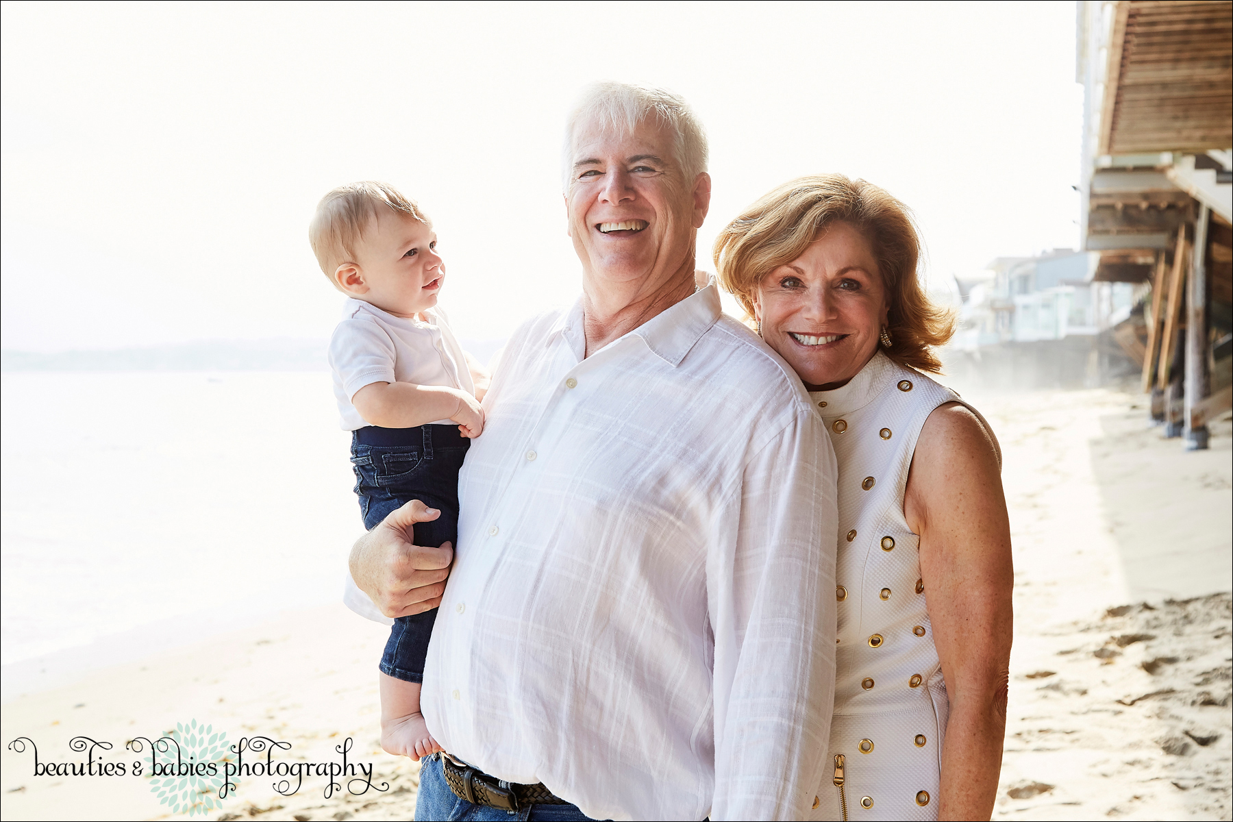 Beach family portrait and lifestyle photography Los Angeles professional photographer