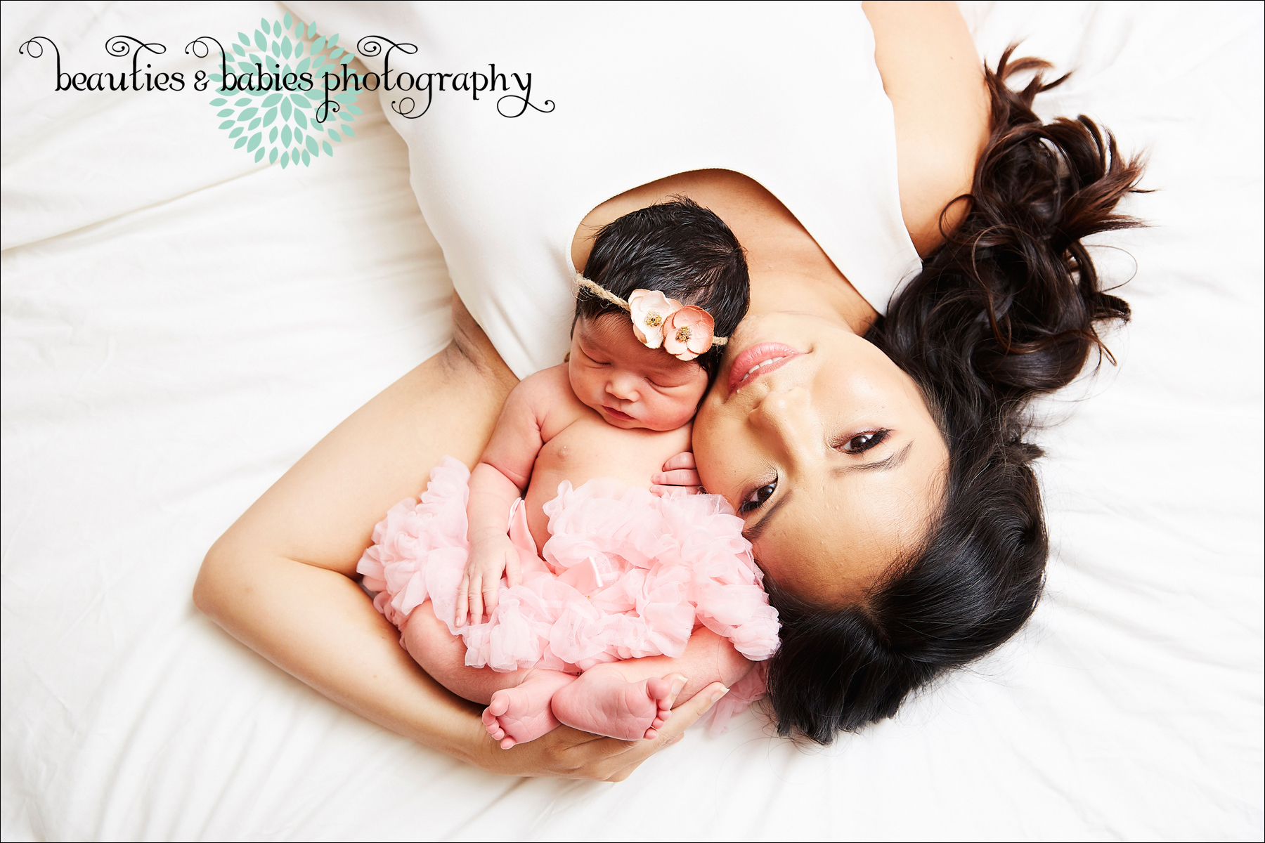 At home newborn and family photography Los Angeles photographer