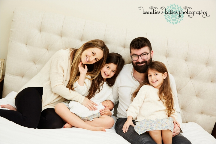 Family newborn photography professional in-home newborn photographer Los Angeles