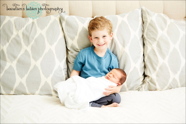 In-home newborn baby photography session Los Angeles photographer
