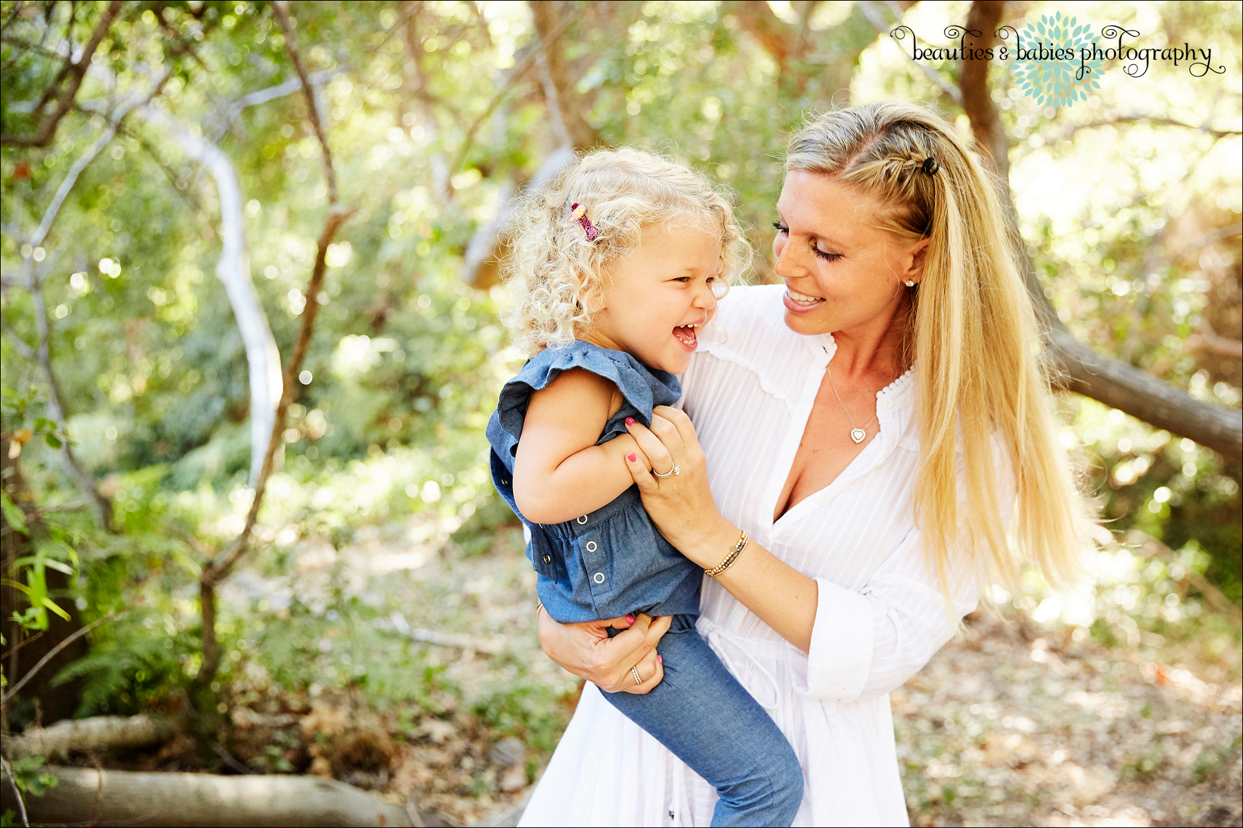 creative outdoor family photography Los Angeles kids photographer