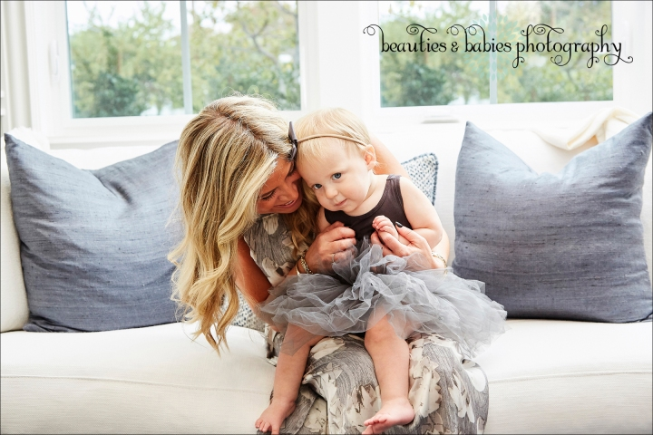 professional family and kids photographer Los Angeles photography at-home