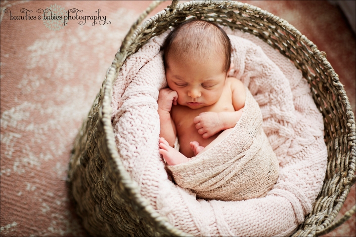 At-home newborn baby and family photography session professional portrait and lifestyle photographer Los Angeles
