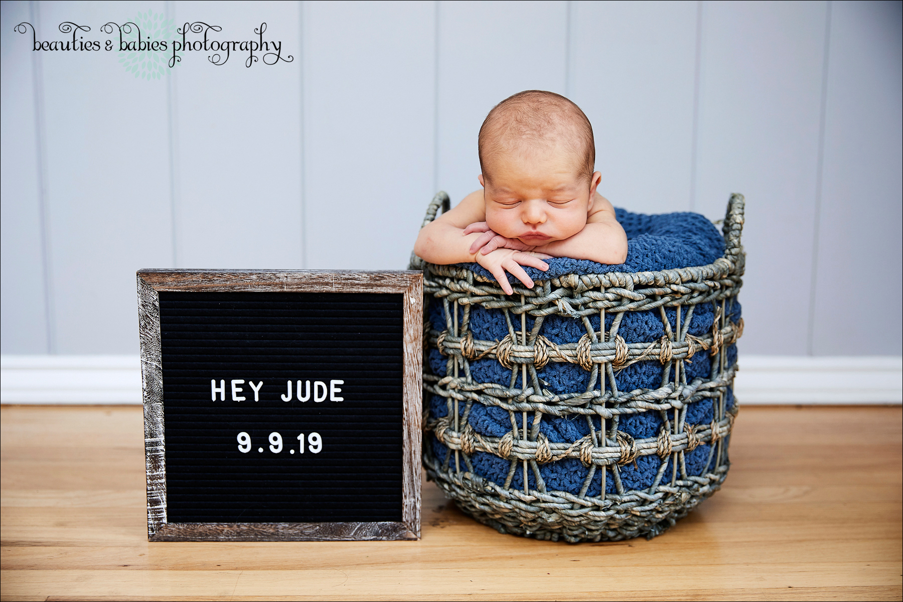 Newborn Baby pictures family photography Los Angeles photographer