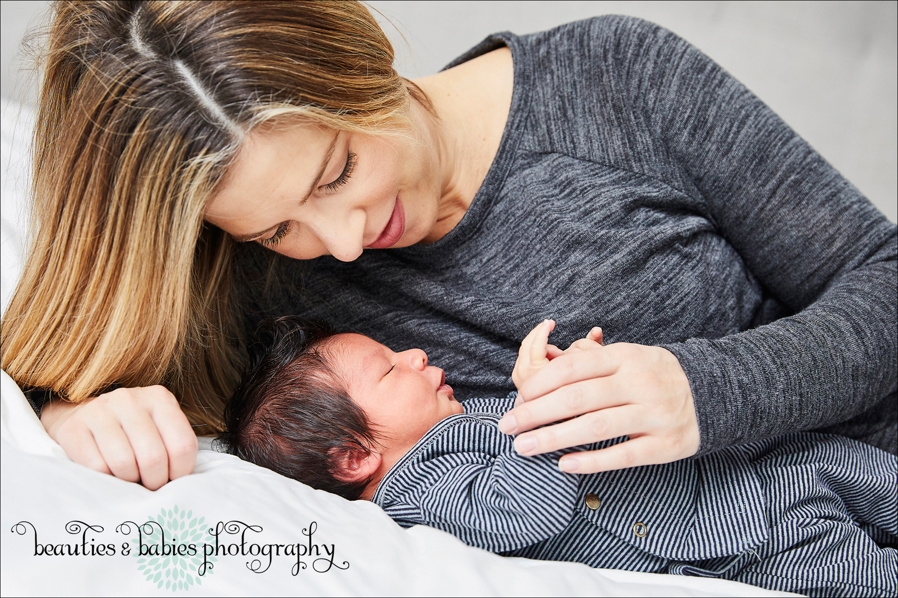 At-home newborn family photography Los Angeles professional photographer