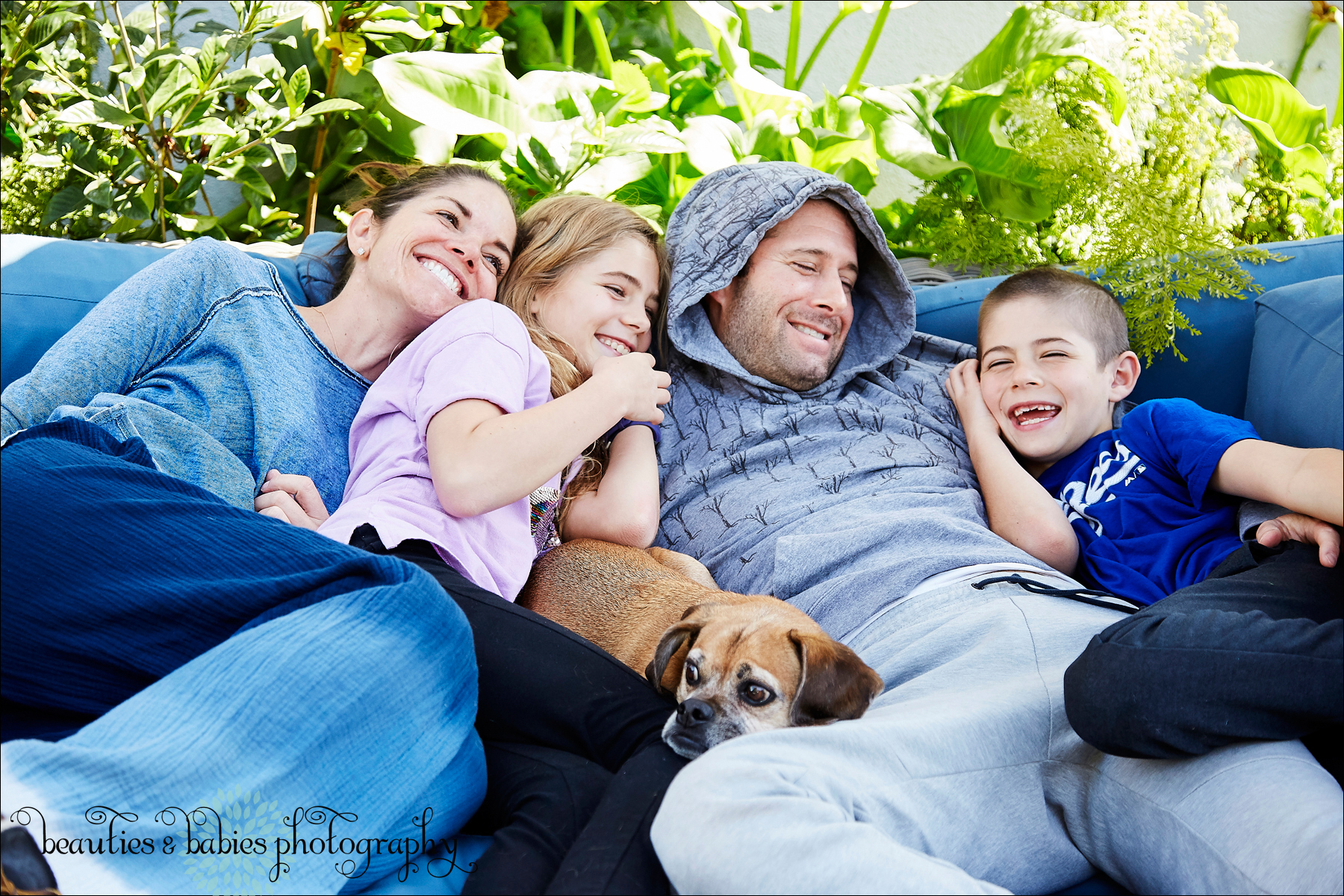 Home quarantine Los Angeles family and kids photographer professional pictures